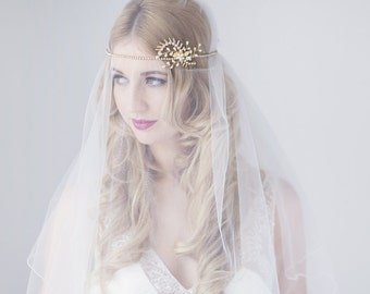 Talia bridal halo headdress