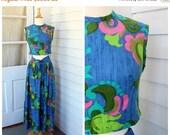 50% OFF BLACK FRIDAY Sale Crop Top and Skirt Set - Floral Paisley Print - Vintage 1960s 60s