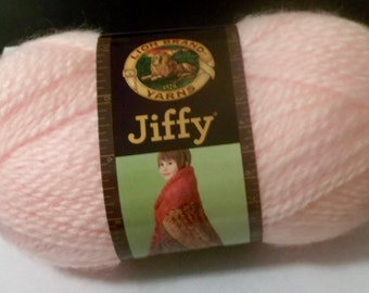 LION BRAND JIFFY Yarn, No. 5 Bulky, Color 101-Light Pink, 3 oz.