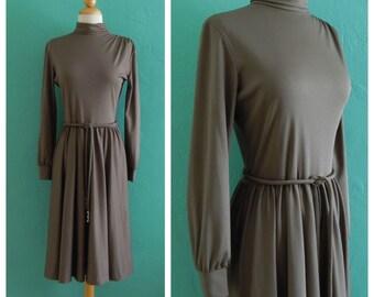 60's bleeker street grey dress / / grey circle skirt dress ~ small medium