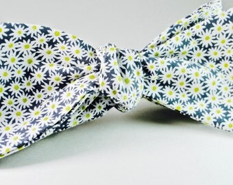 Navy Floral Bow Tie Navy Bow Tie Freestyle Bow Tie Navy and White Bow Ties Custom Bow Ties Wedding Bow Ties