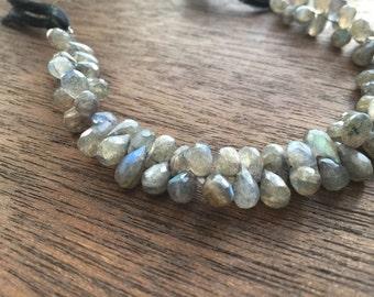 Labradorite teardrop briolette beads (No. 1501)
