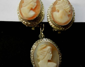 European 800 silver hand carved Shell Cameo clip Earrings & Pendant set -  delicate shell cameo with decorative ruffled edge - Art.713/4 -