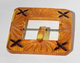 Vintage Tested Retro Carved Apple Juice Yellow Amber Bakelite Belt Buckle