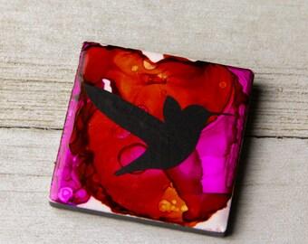 Alcohol Ink magnet - Ceramic tile art - Hummingbird decor - Bird magnet - Bright colors - Hummingbird art - Miniature art - Gift for mom