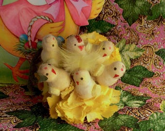 Vintage Corsage-Six Spun Cotton Chicks-Feathers and Flowers-cute little Chickens-Easter Holiday-Crafts Design-Collectible