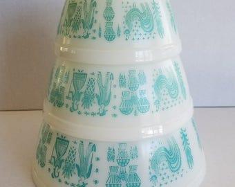 Vintage Set of 3 Mixing Nesting Bowls Pyrex Amish Butterprint Aqua Teal White