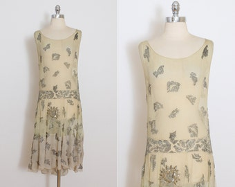 Vintage 1920s Dress | vintage 20s flapper dress | beaded silk crepe wedding dress xs/s
