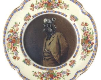 """Dr. SteamPunk Portrait Plate 6.5"""""""