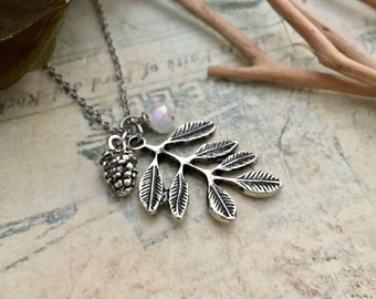 Acorn Necklace, Leaves Necklace, Initial Necklace, Hand stamped Necklace, Best friend Gift, Handmade Jewelry, Bridesmaid Gift