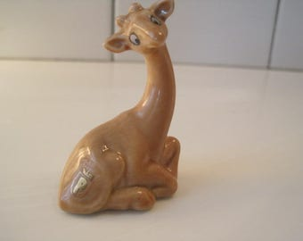 Wade Pocket Pal Stretch the Giraffe Red Rose Tea 2 1/4 Inches Giraffe Figures