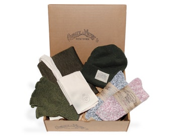 QMC Holiday Gift Box: QMC Watch Cap, Gloves, Scarf, 2 Pairs QMC Socks, Tote