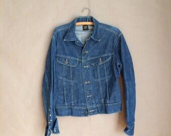 WEEKEND SALE! vintage Lee denim jacket / jean jacket / 101-J Sanforized Union Made in USA / 2 pocket denim jacket / 40 regular