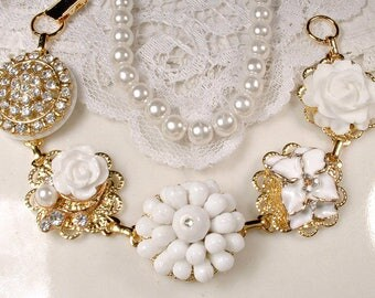 OOAK Vintage White Wedding Gold Rhinestone Bridal Bracelet, Floral Cluster Earring Bracelet, Milk Glass Vintage Modern Bridesmaid Jewelry