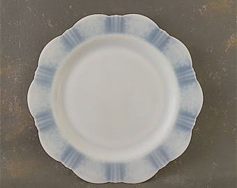 Vintage White Opalescent Plate, American Sweetheart, dinner plate, Monax