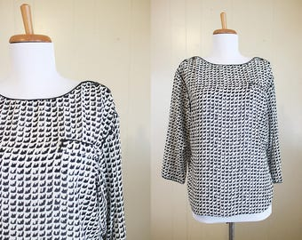 Vintage Print Blouse Black and White Campus Casuals Shirt 1980s Top Small Medium