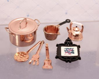 Miniature Copper Pans Utensils Stock Pot Teapot Trivet  Sauce Pan Dollhouse Dishes