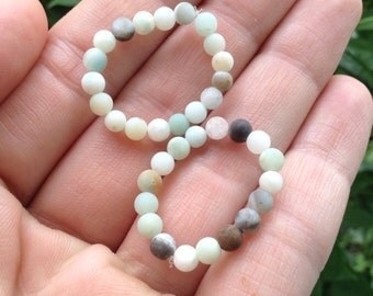 Amazonite stretchy ring - clear negativity - heals heart and throat chakras - calms the mind and emotions