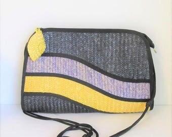 40% OFF SALE Vintage 1980's Yellow and Black Straw Handbag / Modern Style Crossbody Bag Purse / Waves Tandem Bags of California