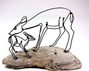Doe and Fawn Wire Sculpture, Deer Sculpture, Wildlife Art, Minimal Sculpture, Wire Folk Art, 528069481