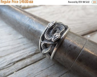 ON SALE Duel snake ring handmade in sterling silver