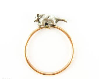Mouse Ring, Vintage Moveable Running Sterling Silver Mouse on 14 Carat Gold Band.