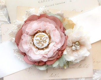 Pink Wedding Belt, Floral Bridal Belt, Wedding Dress Sash, Bridal Sash, Flower Sash, Bridesmaid Dress Belt with Flowers, Floral Sash