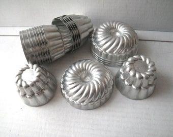 21 Aluminum Jello Molds Tart Pans Gelatin Dessert Vintage