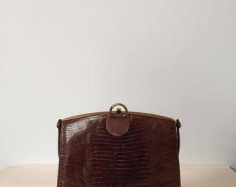 30% OFF SALE... 1940s crocodile leather bag | framed kiss lock handbag