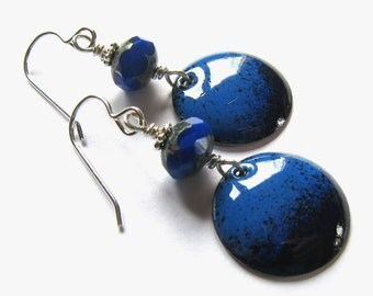 Blue vintage style disc earrings Black and blue sterling silver wire wrapped earrings Cobalt enamel dangles
