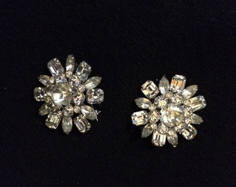 Vintage Pins CORO Rhinestone Brooches Pair of 2 Rhinestone Pins Snowflake Like 3 Cuts of Stones Bridal Sparkley Coro Vintage Jewelry