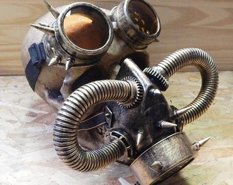 STEAMPUNK MASK GOGGLES Set - 2 pc Distressed Gold Steampunk Respirator Gas Mask with Tubes, Spikes and Goggles with Interchangable Lenses