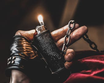 BLAZE & CHAIN Oxidized Lighter Holster