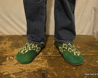 Men's 10 to 11 (EU 44 to 44.5) LUCKY CLOVER Felted Wool Soccasins with Leather Soles, Toes and Heels