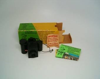 VINTAGE SNAPSHOOTER 126 Film Camera OUTFIT