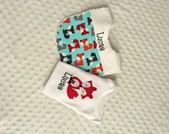 Baby Boy  2 Piece Gift Set,  Bib and Personalized  Bodysuit, Red Fox Applique