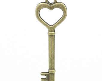 1 Antique Bronze Fancy Heart Key Charm Pendant 41mm Long 5.2cm Wide