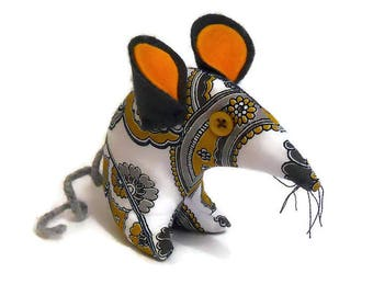 Petey the  Retro mouse - made in  vintage Paisley  fabric, 60s 70s Art in Grey, Mustard and White