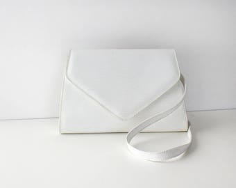 Bonini Envelope Purse • Leather Crossbody Purse • 90s Purse • White Leather Bag • Leather Crossbody Bag • White Leather Clutch | B874