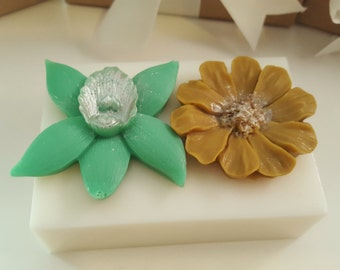 Flower Soap Bar - gifts for teens - gifts for woman - Stocking stuffer for her - valentines gift - gift for mom - gift for sister