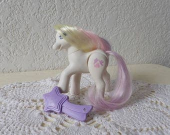 My Little Pony G2 Rare DAINTY DOVE - A Wedding Chapel Pony