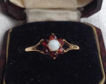 Vintage 9ct Gold Opal + Garnet Flower Ring