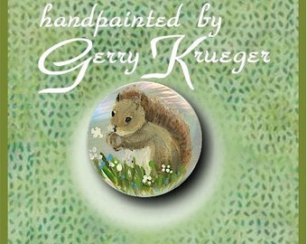 Hand painted    Button -  Squirrel