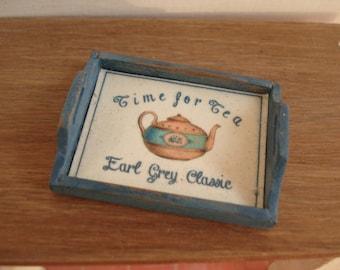 Miniature tray