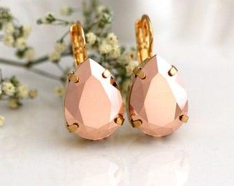Rose Gold Earrings, Bridal Rose Gold Earrings, Rose Gold Drop Earrings, Swarovski Rose Gold Earrings, Bridesmaids Earrings, Christmas Gift