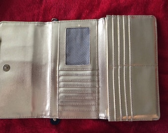 Wallet Steve Madden Gold/black outside zipper compartment/Many inner