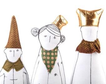 Childrens room decor , Handmade Toys , King Queen Dwarf , soft sculpture dolls , princess doll , dolls set , Legends dolls , family portrait