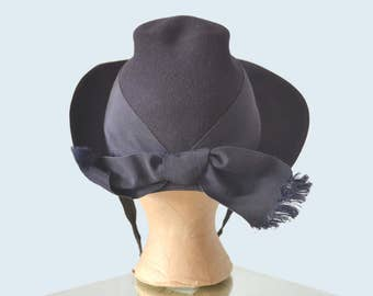 1940s Navy Wool Sculpted Hat