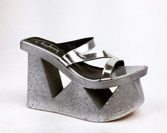90's Luichiny Silver Strap Mega Cut Out Platform Wedge Sandals // 7 - 7.5