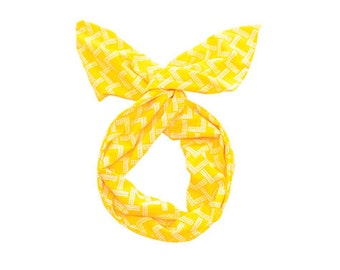 Twist Hair Scarf - Screen-printed Wire Headband - White Mountains on Yellow